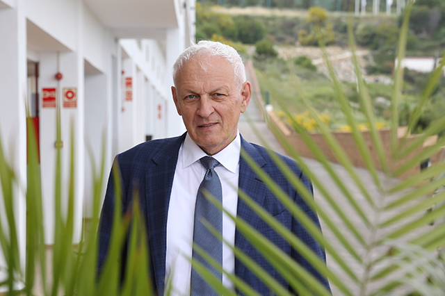 Dr Eduard Schellhammer
